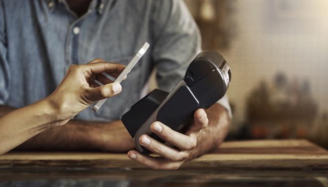 扛不住成本压力,继微信之后,支付宝还信用卡也要收费了