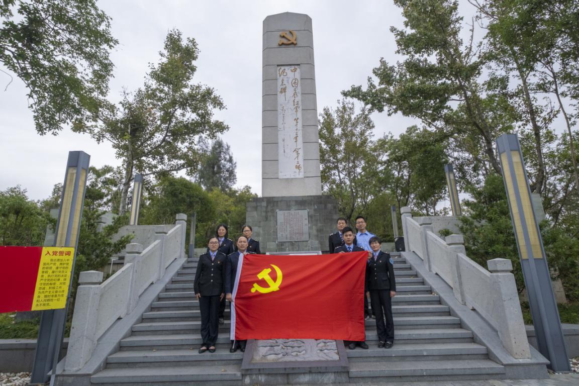 参观革命纪念馆 接受红色教育(图文)